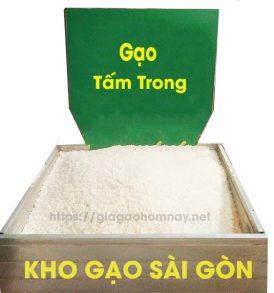 gạo tấm trong